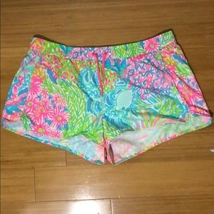 Lilly Pulitzer Multi Lovers Coral Run Around Short